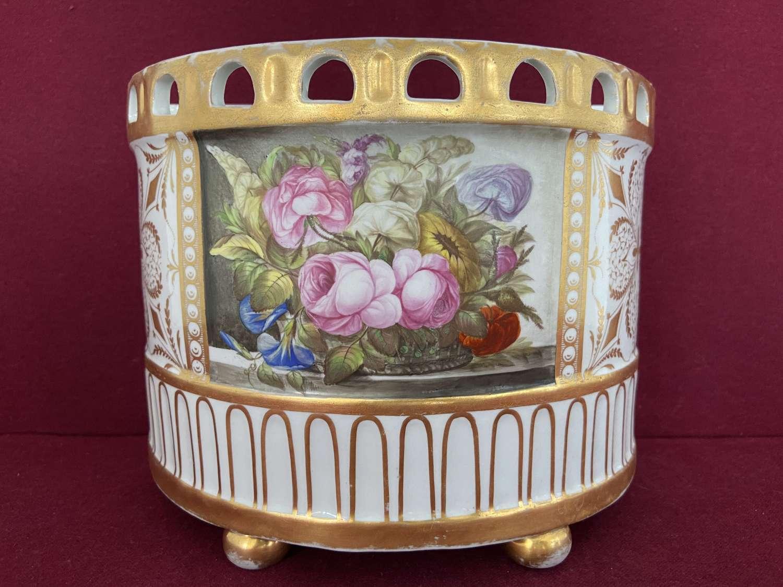 A fine English porcelain Bough Pot marked W(***) c.1800