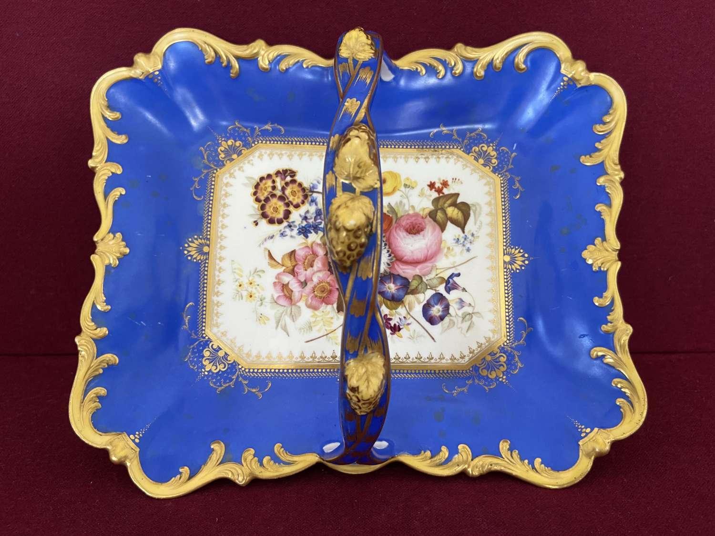 A Samuel Alcock porcelain fruit basket c.1830-1840