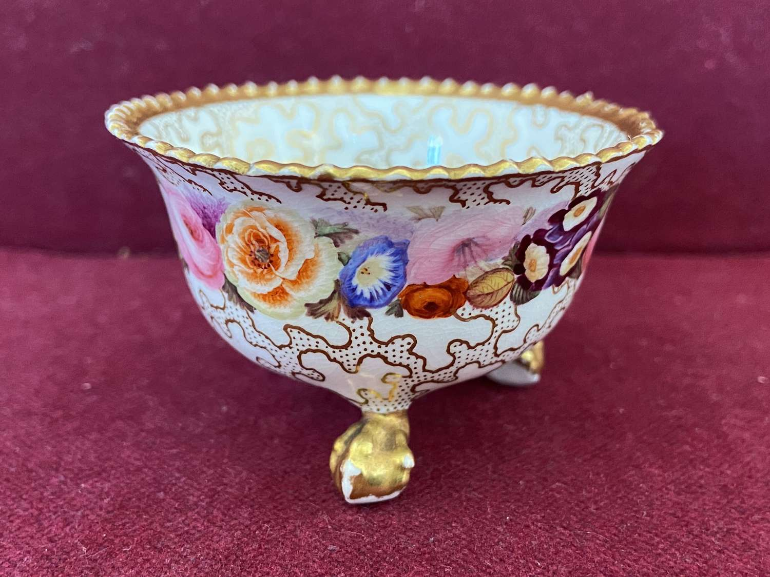 A small Chamberlain Worcester footed bowl c.1840-45