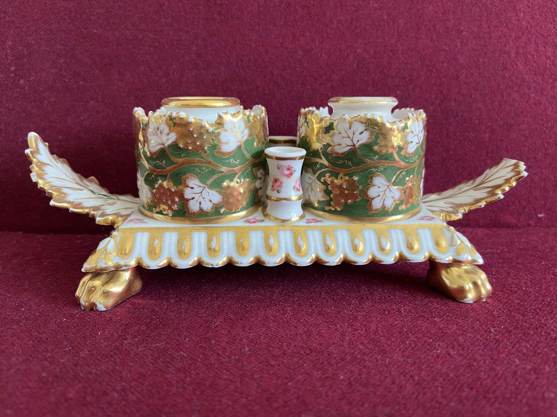 A rare Chamberlain Worcester Inkstand c.1815-1820
