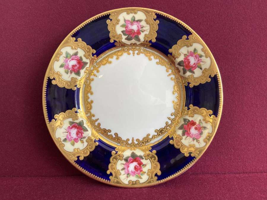 A Chamberlain Worcester Dessert plate decorated in pattern 864 c.1815